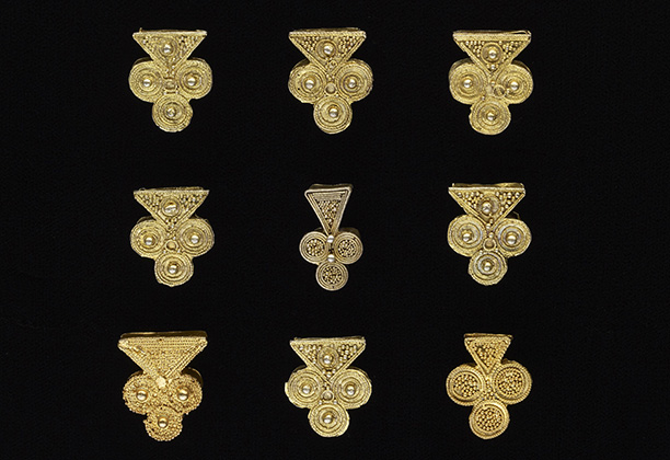Gold Jewelry Ornaments